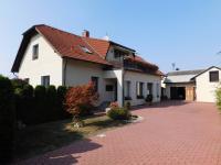 Prodej domu v osobním vlastnictví 280 m², Řestoky