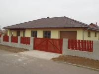 Prodej domu v osobním vlastnictví 184 m², Břehy