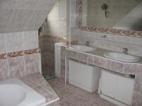 koupelna ybt 2 - Prodej komerčního objektu 500 m², Hlinsko