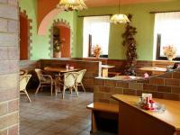 restaurace - Prodej komerčního objektu 2705 m², Ostřetín