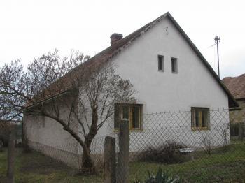 Prodej domu v osobním vlastnictví 700 m², Krouna