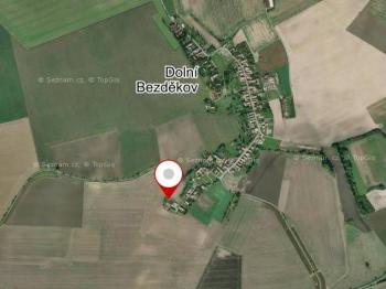 Prodej pozemku 1311 m², Dolní Bezděkov