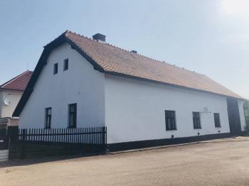 Prodej chaty / chalupy 117 m², Hluboká