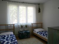 Pokoj (Prodej bytu 4+1 v osobním vlastnictví 94 m², Praha 5 - Zličín)