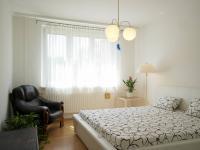 Ložnice (Prodej bytu 4+1 v osobním vlastnictví 94 m², Praha 5 - Zličín)
