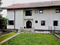 Pronájem domu v osobním vlastnictví 340 m², Statenice