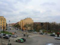 výhled z bytu (Prodej bytu 2+kk v osobním vlastnictví 38 m², Praha 9 - Vysočany)
