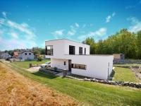 Prodej domu v osobním vlastnictví 319 m², Nelahozeves
