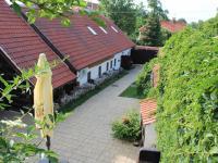 Prodej domu v osobním vlastnictví 385 m², Středokluky