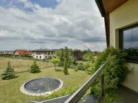 Výhled z balkonu (Prodej domu v osobním vlastnictví 115 m², Zdiby)