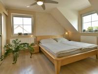 Ložnice (Prodej domu v osobním vlastnictví 160 m², Postřižín)