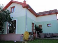 Prodej domu v osobním vlastnictví 140 m², Řevnice