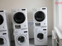prádelna - Prodej bytu 1+kk v osobním vlastnictví 18 m², Praha 10 - Hostivař