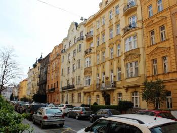 Prodej bytu 5+1 v osobním vlastnictví 131 m², Praha 7 - Holešovice