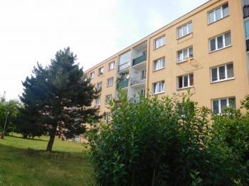 Klidné místo v centru města - Pronájem bytu 1+1 v družstevním vlastnictví 35 m², Odolena Voda