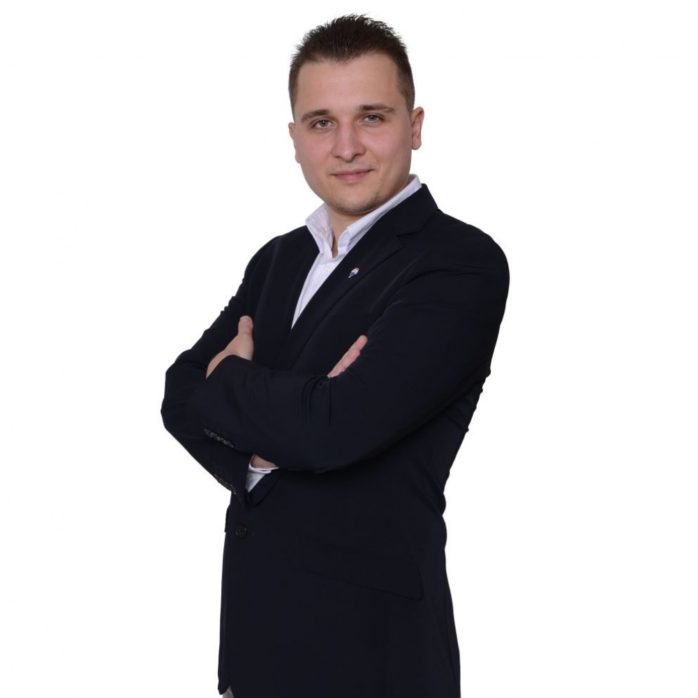Samuel Vácha - RE/MAX Dynamic