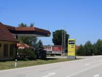 příjezd od hranic s Rakouskem - Prodej komerčního objektu 10785 m², Halámky