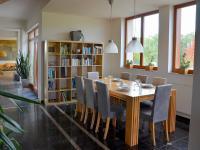 jídelna (Prodej domu v osobním vlastnictví 750 m², Černá v Pošumaví)