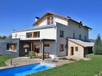 dům + bazen + sauna (Prodej domu v osobním vlastnictví 750 m², Černá v Pošumaví)