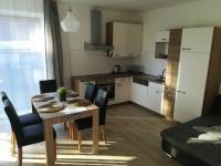 jídelna a kuchyň (Prodej domu v osobním vlastnictví 160 m², Frymburk)