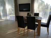 jídelní část (Prodej domu v osobním vlastnictví 160 m², Frymburk)