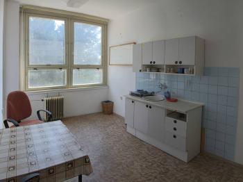 společná kuchyňka - Pronájem kancelářských prostor 26 m², Homole