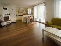Obývací pokoj (Prodej domu v osobním vlastnictví 220 m², Roudné)