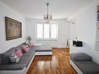 obývací pokoj (Prodej bytu 3+kk v osobním vlastnictví 77 m², České Budějovice)