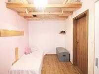 pokoj 10,9 m2 (Prodej bytu 3+kk v osobním vlastnictví 59 m², České Budějovice)