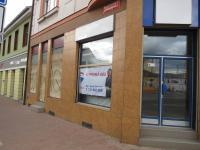 pohled z ulice (Pronájem obchodních prostor 60 m², České Budějovice)