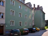 POHLED NA DŮM  (Prodej bytu 2+kk v osobním vlastnictví 52 m², Třeboň)