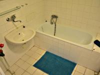KOUPELNA (Prodej bytu 2+kk v osobním vlastnictví 52 m², Třeboň)