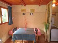 obývací pokoj (Prodej chaty / chalupy 47 m², Strážkovice)