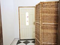 vchod levá část (Prodej domu v osobním vlastnictví 200 m², Haškovcova Lhota)