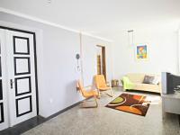 hala - levá část (Prodej domu v osobním vlastnictví 200 m², Haškovcova Lhota)