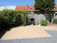 venkovní krb (Prodej domu v osobním vlastnictví 200 m², Haškovcova Lhota)