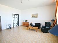 levá část - místnost č. 1 (Prodej domu v osobním vlastnictví 200 m², Haškovcova Lhota)