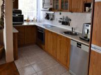 kuchyňský kout (Prodej domu v osobním vlastnictví 291 m², Jílové u Prahy)
