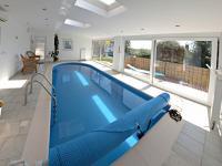 bazén (Prodej domu v osobním vlastnictví 291 m², Jílové u Prahy)