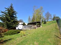 východní strana zahrady (Prodej domu v osobním vlastnictví 291 m², Jílové u Prahy)