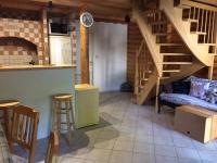schodiště do podkroví (Prodej chaty / chalupy 80 m², Kaplice)