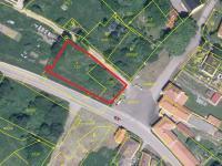 hranice pozemku (Prodej pozemku 925 m², Chroboly)