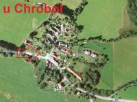 umístění pozemku v obci (Prodej pozemku 925 m², Chroboly)