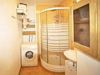 koupelna (Prodej bytu 3+1 v osobním vlastnictví 69 m², České Budějovice)