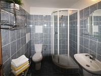 koupelna (Prodej bytu 2+kk v osobním vlastnictví 49 m², České Budějovice)