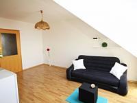 pokoj s kuchyňským koutem (Prodej bytu 2+kk v osobním vlastnictví 49 m², České Budějovice)