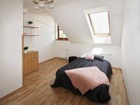 ložnice (Prodej bytu 2+kk v osobním vlastnictví 49 m², České Budějovice)