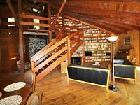 obytná místnost - obývací část (Prodej domu v osobním vlastnictví 220 m², Mirkovice)