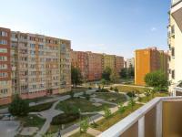 pohled z balkonu (Prodej bytu 2+1 v osobním vlastnictví 41 m², České Budějovice)