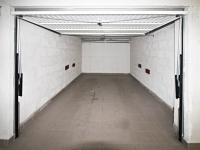 garáž (Prodej bytu 3+kk v osobním vlastnictví 82 m², Písek)